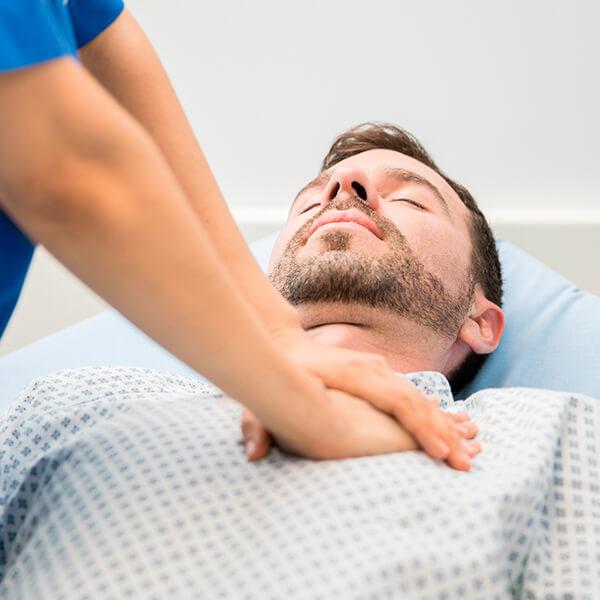 Máster en cuidados de enfermería de urgencias y emergencias en el adulto