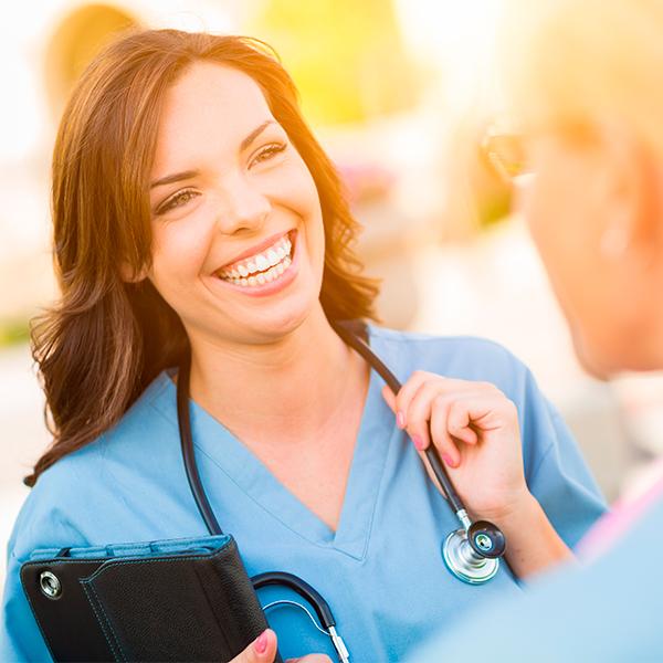 Especialista universitario en dirección y gestión de servicios de salud para enfermería